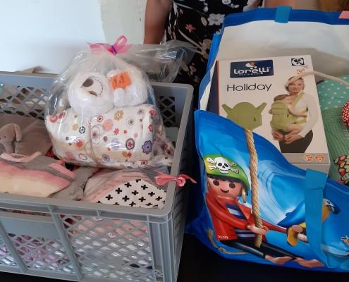BabyBoxes aus dem Projekt mit der Stadt Stuttgart in Kooperation mit der Starfish Foundation