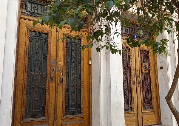 Haustüren in Athen, Juli 2021